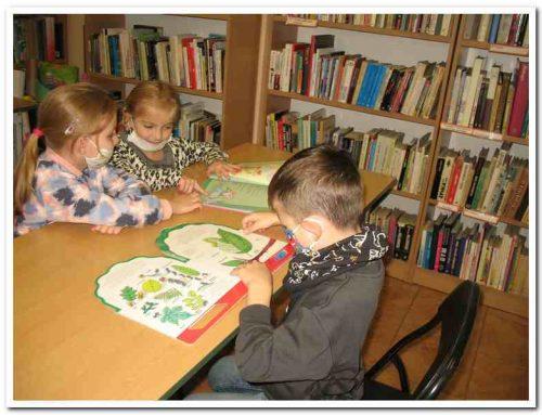 Wycieczka przedszkolaków z gr IV Przedszkola Miejskiego nr 13 z Oddziałami Integracyjnymi w Zamościu (Filia nr 2, 19.10.2021)
